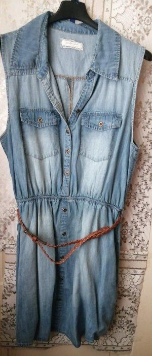 Jeanskleid für den Sommer