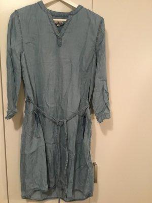 Jeanskleid hellblau mit Taschen Gr. 40