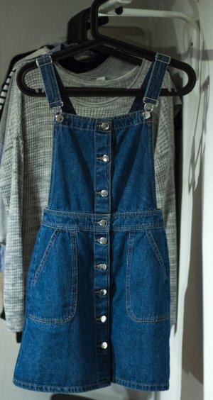 Jeanskleid in Latzhosenoptik mit Knöpfen und Taschen
