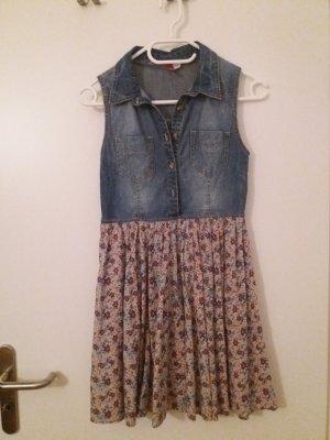 Jeanskleid mit Blumenrock