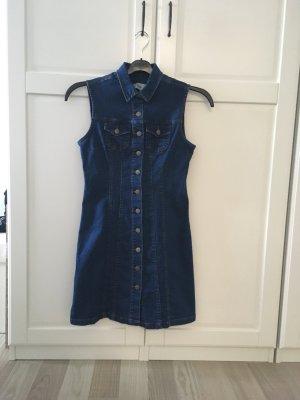 Jeanskleid mit knopfen