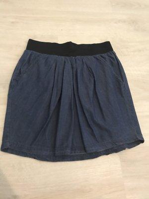 Jeansrock dunkelblau mit zwei Taschen und Gummiband