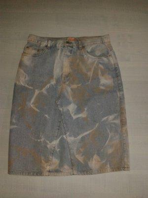 jeansrock im batic-look