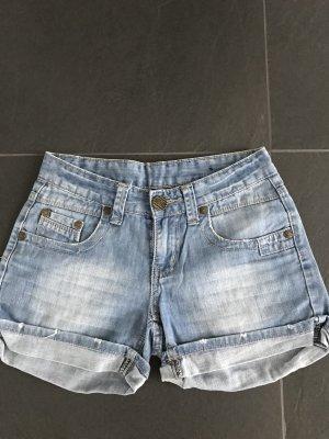 Jeansschorts