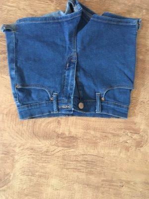 BDG Shorts blue