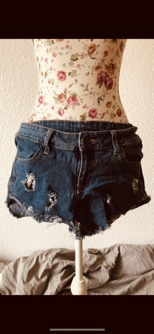 Jeansshort Destroyed von C&A