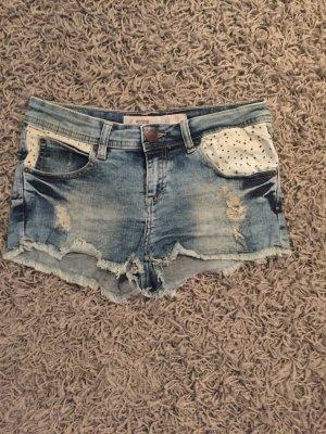 Jeansshort mit Sternetaschen
