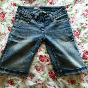 Clockhouse Pantalón corto de tela vaquera gris pizarra-azul