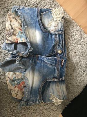 Pantalón corto de tela vaquera azul pálido