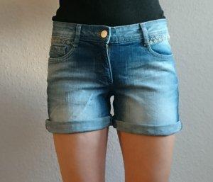 Jeansshorts, C & A, Größe 34