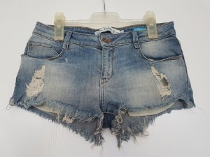 Jeansshorts destroyed von ZARA