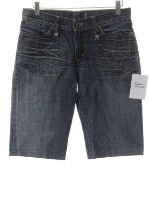Pantalón corto de tela vaquera azul oscuro look casual