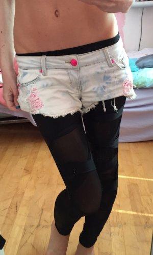 Jeansshorts iceblue mit Rossen und pinker Spitze Gr.S