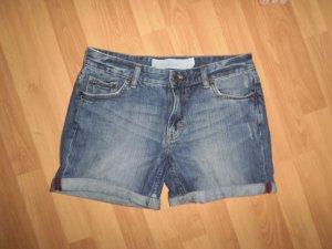 Jeansshorts im Boyfriend-Look von H&M