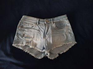 Jeansshorts im Used-Look von H&M