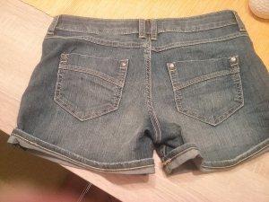 Jeansshorts in Größe 38