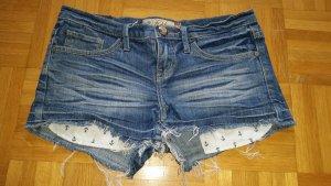 Jeansshorts mit Ankerhosentaschen