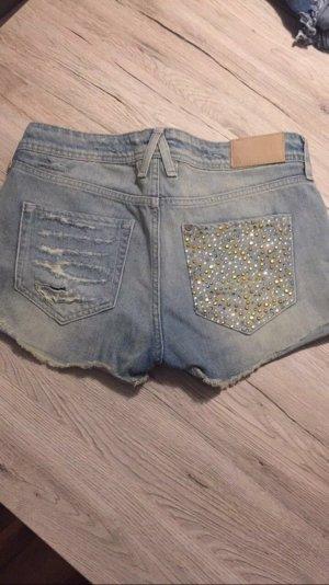 Jeansshorts mit Glitzerpailletten
