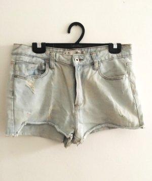 Jeansshorts mit höher Taille eher Gr 36 oder 38