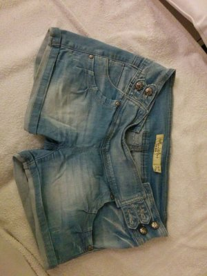 jeansshorts mit tollen Details