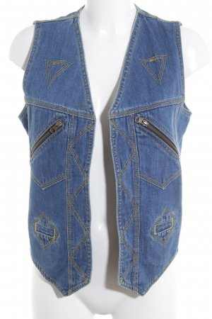 Denim Vest cornflower blue casual look