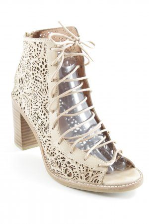 Jeffrey Campbell Cut-Out-Stiefeletten hellbraun Casual-Look