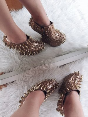 Jeffrey Campbell Spike Bronze Plateau Pumps