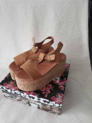 Jeffrey Campbell Platform High-Heeled Sandal beige leather