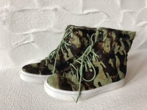 Jeffrey Campell >camouflage<