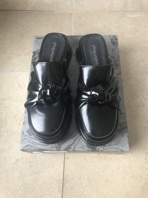 Jeffrey Campell Slipper Boots Lack Leder Nieten Schlüpfschuhe Designer