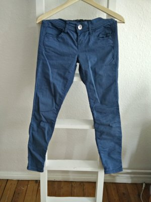 Jeggings in Kornblumenblau (United Colors of Benetton), Jeans-Look