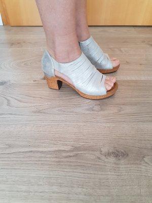 Jenny Chaussure à talons carrés argenté