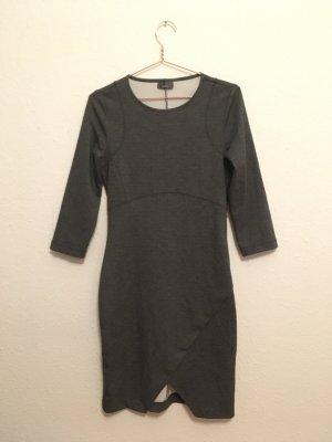 Jersey Kleid Figurbetont Tulip-Saum