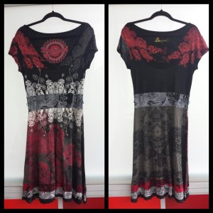 Jersey Kleid mit V-Ausschnitt