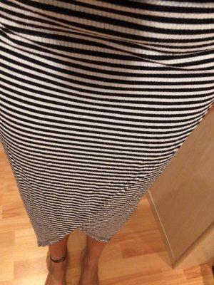 H&M High Waist Skirt black-white