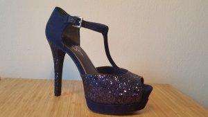 Jessica Simpson High-Heels