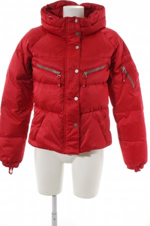 Jet Set Winterjacke himbeerrot Glanz-Optik