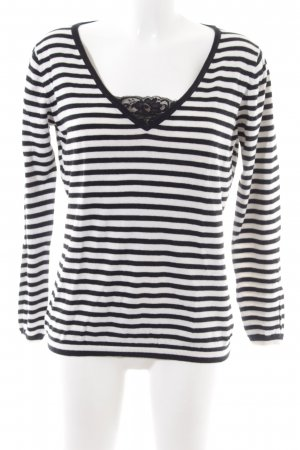 Jette Knitted Sweater black-white striped pattern simple style