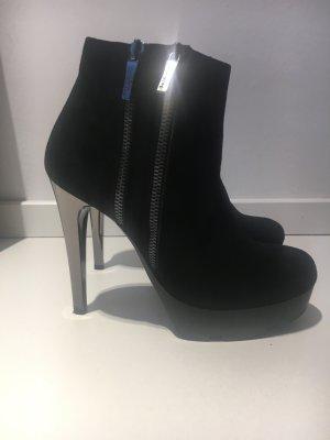 JETZT Reduziert - Stiefeletten von Baldinini - Velourleder schwarz