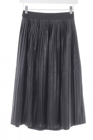 Jim P Pleated Skirt black elegant
