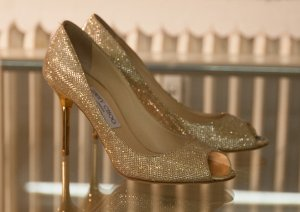 Jimmy Choo - Evelyn Pumps in Gold