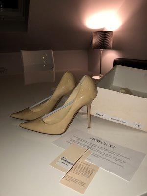 JIMMY CHOO Lackleder Pumps Nude
