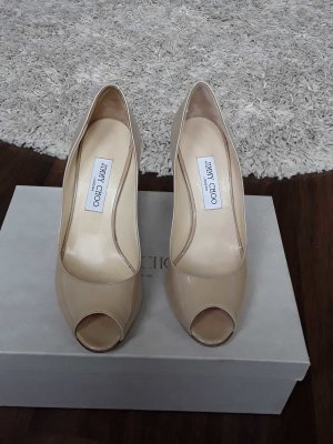 Jimmy Choo Peeptoes in lack-beige