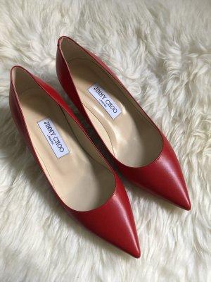 Jimmy Choo Zapatos de punta rojo-rojo oscuro