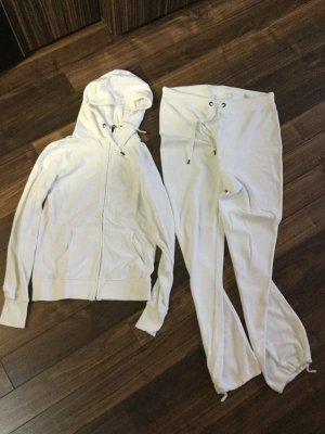 Vêtement pour la maison blanc