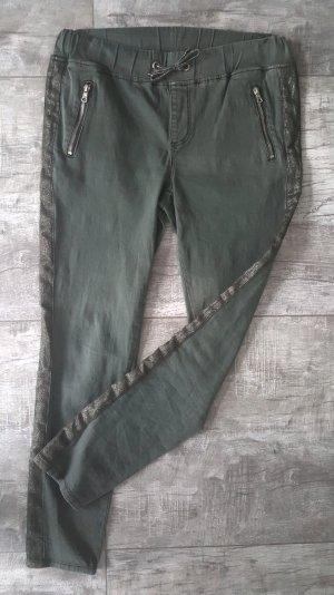 Pantalone a sigaretta verde oliva