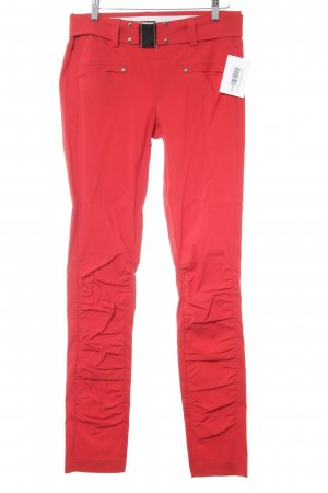 Jones Pantalón de cintura alta rojo look casual