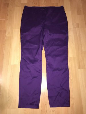 Jones Pantalón pirata violeta oscuro