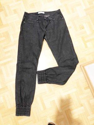Joop! Jeans, schwarz mit Bündchen und Reisverschlusstaschen