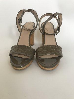 Joop Sandalen aus Lack-Leder, kaum getragen